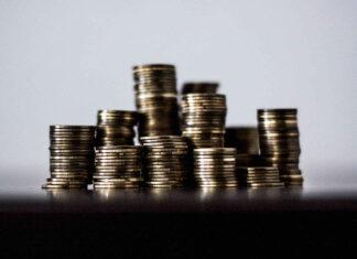 Jak zaoszczędzić na kupnie samochodu i jego utrzymaniu?
